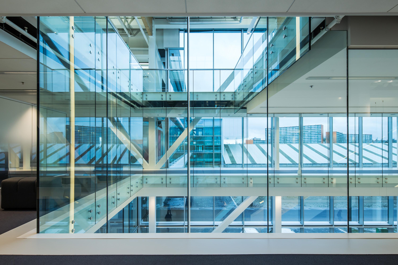 Lely Maassluis, in opdracht van Glasdesign