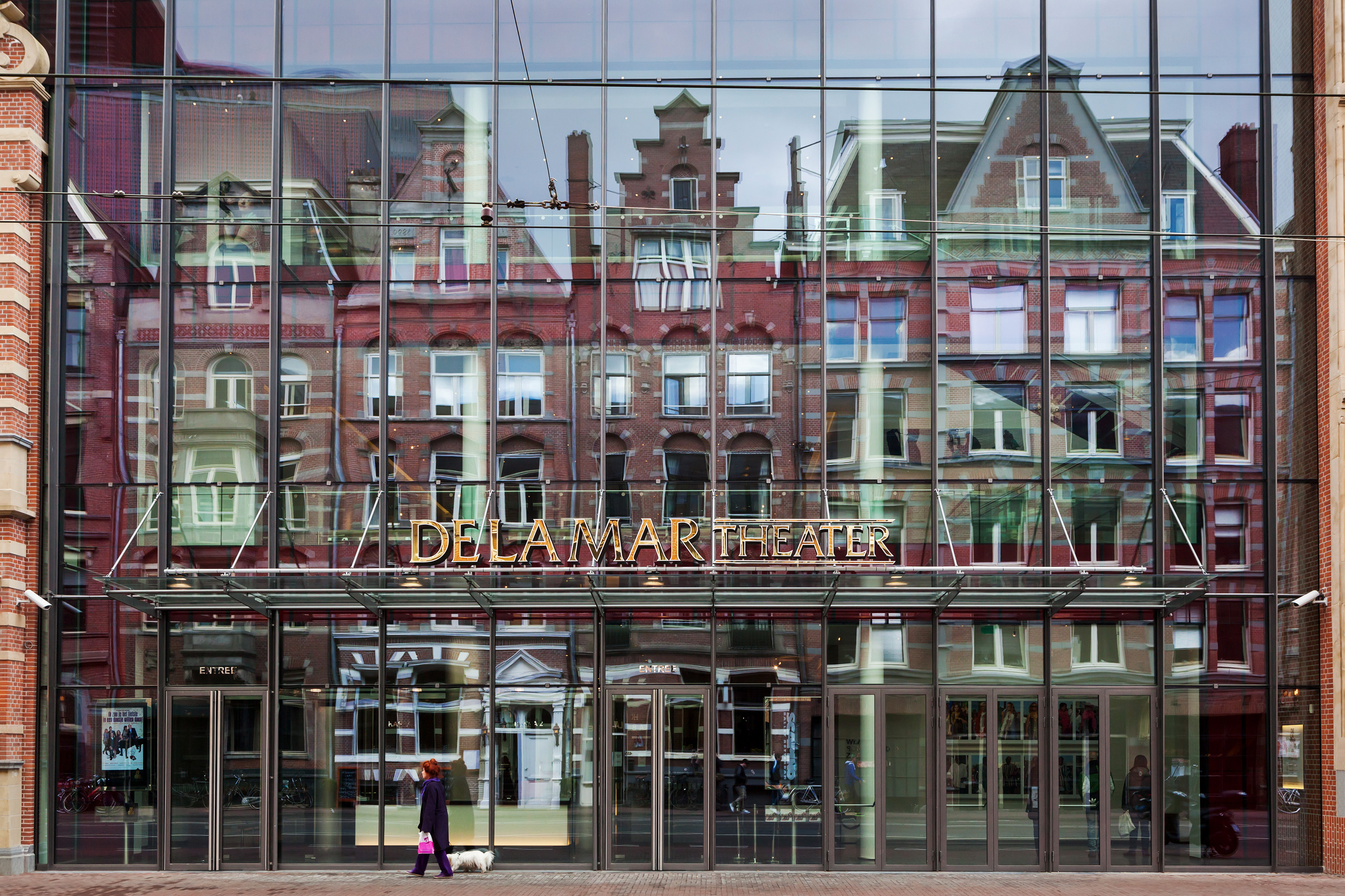 DeLaMar theater Amsterdam in opdracht van Glasdesign