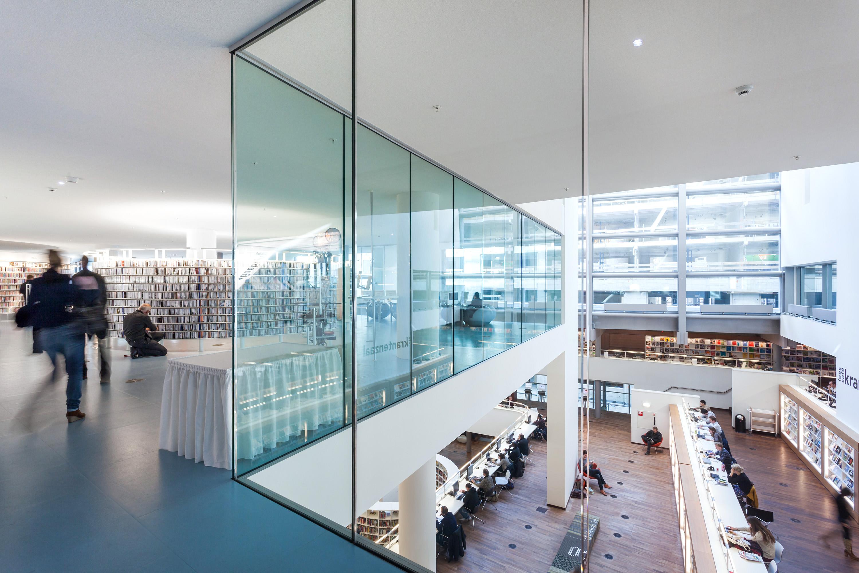 OBA Openbare Bibliotheek Amsterdam, in opdracht van Glasdesign