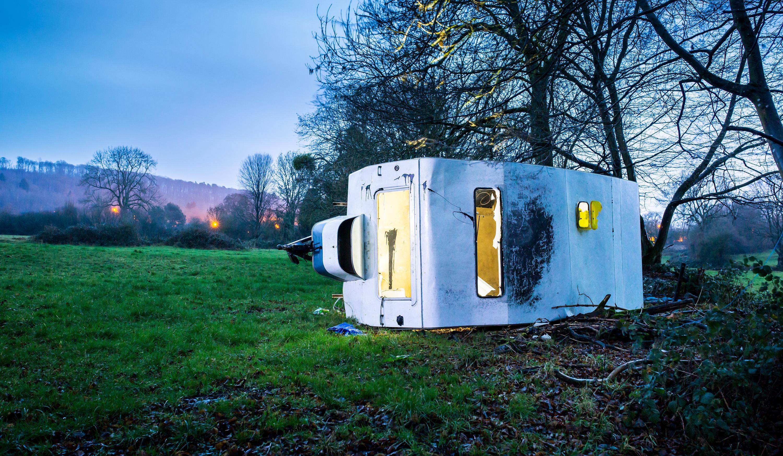 Caravan in weiland, Villers Sainte Gertrude, België
