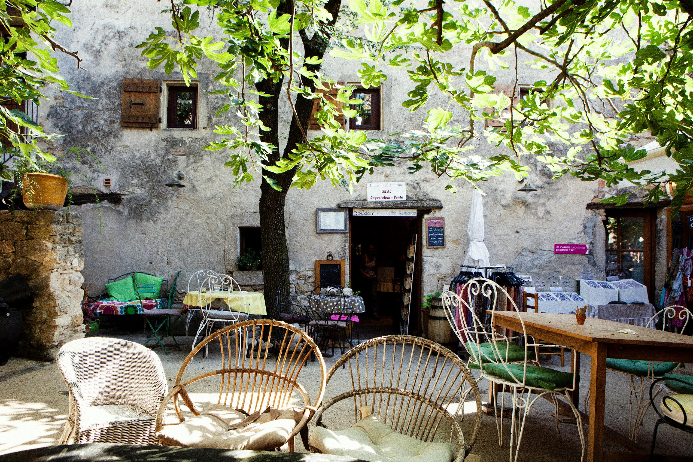 Terras met vijgenboom, Drome Frankrijk